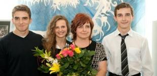 Parodos autorė Romarika Pikelienė su savo vaikais Vytautu, Rūta ir Mindaugu